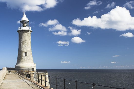 Tynemouth Lighthouse, River Tyne North Pier.